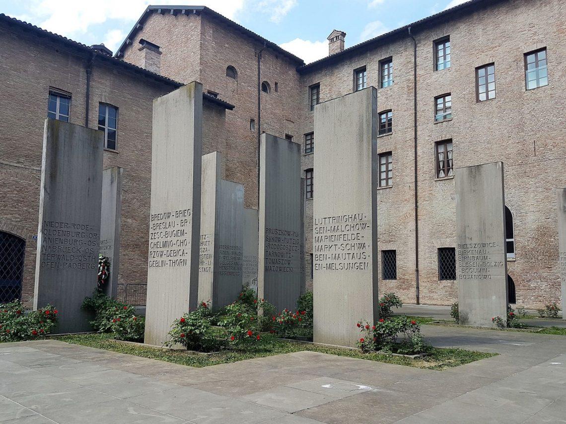 Stele del Museo al Deportato