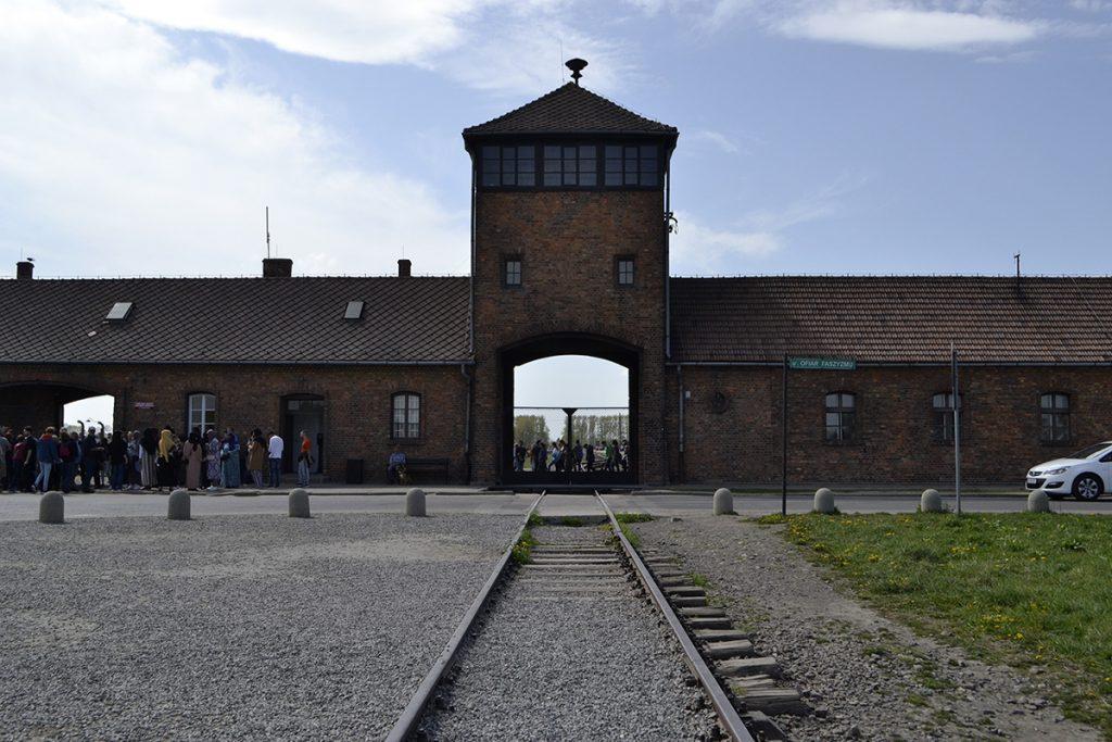 Ingresso del campo di concentramento di Auschwitz 2-Birkenau