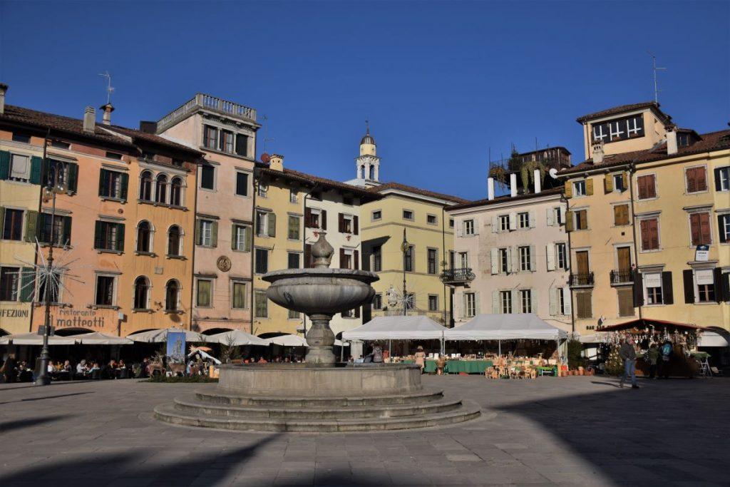 Weekend a Udine, piazza Matteotti