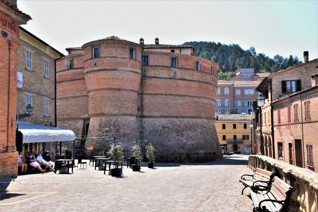 Marche on the road: Rocca Ubaldesca di Sasso Corvaro